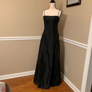 STUNNING Jessica McClintock black formal dress